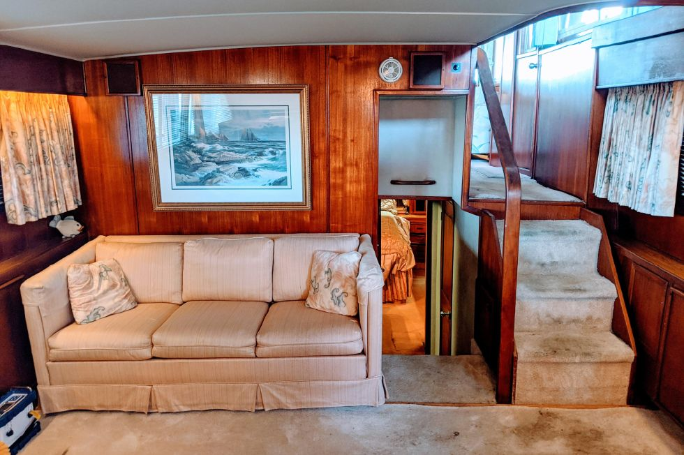 1987 Chris-Craft 500 Constellation