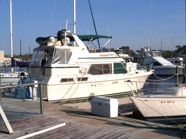 1987 Present Sundeck - Photo 1
