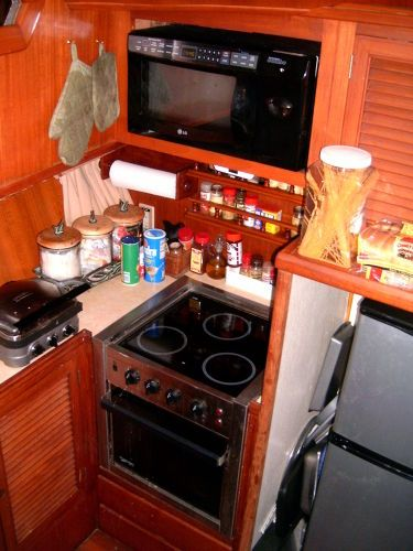 1987 Present Sundeck - Galley
