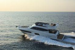 2020 Prestige 560  FLY
