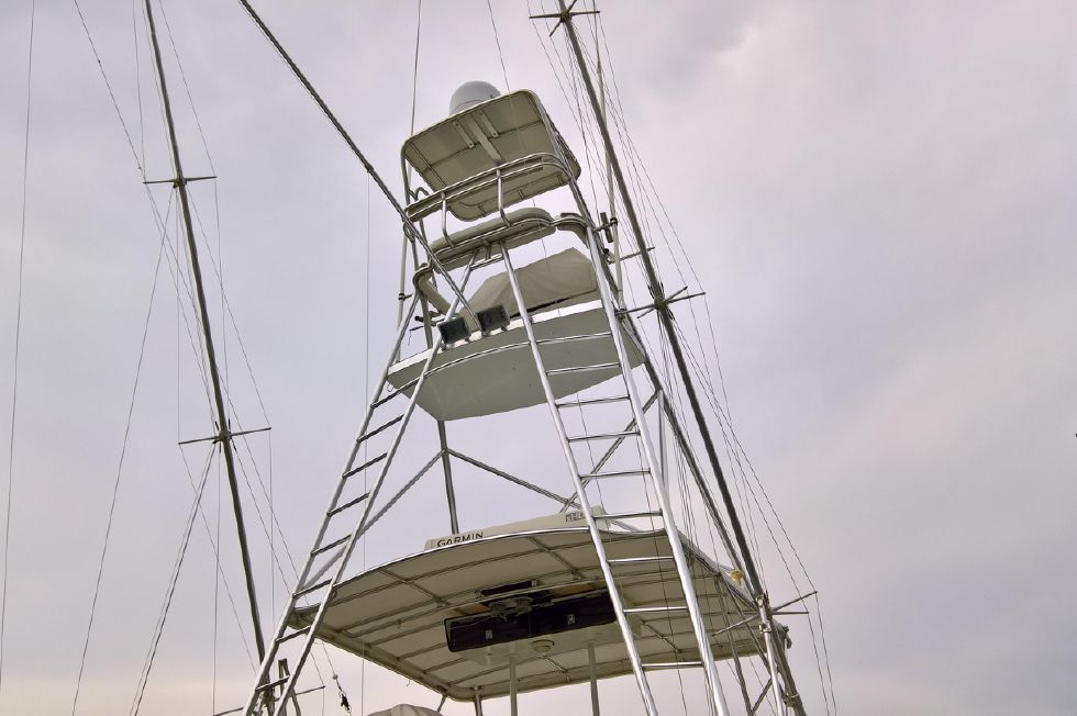 Full Tower From Stern