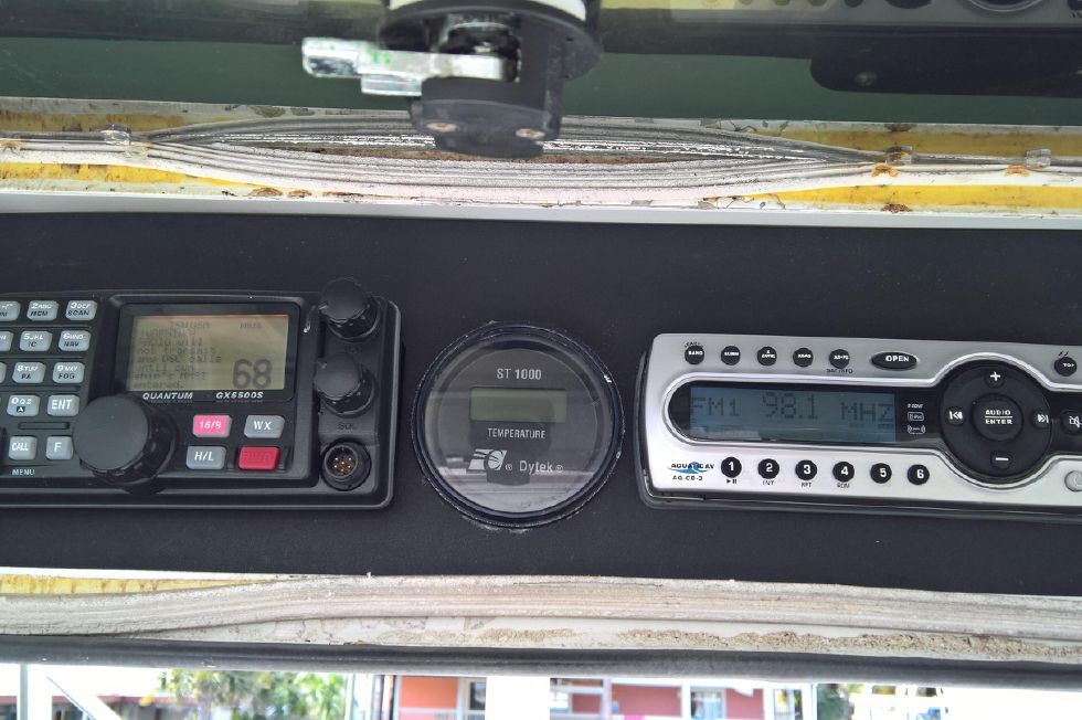 Updated VHF and AM FM CD Player