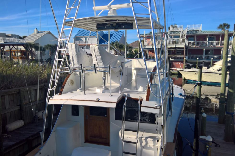 Aft Flybridge No Cover
