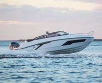 2021 Finnmaster T7 Day Cruiser