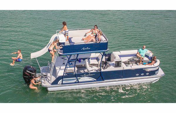 2018 Avalon Ambassador Cruise Funship - 27'
