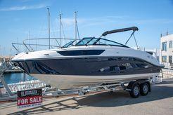 2018 Sea Ray Sun Sport 230