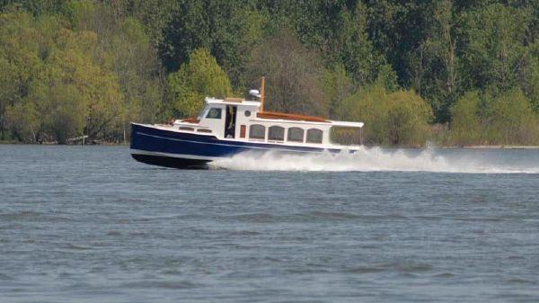 Schooner Creed Boat Works Flush Deck Passenger Launch Profile