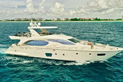 2009 Azimut 85 Flybridge - 2009 85 Azimut Flybridge - Profile