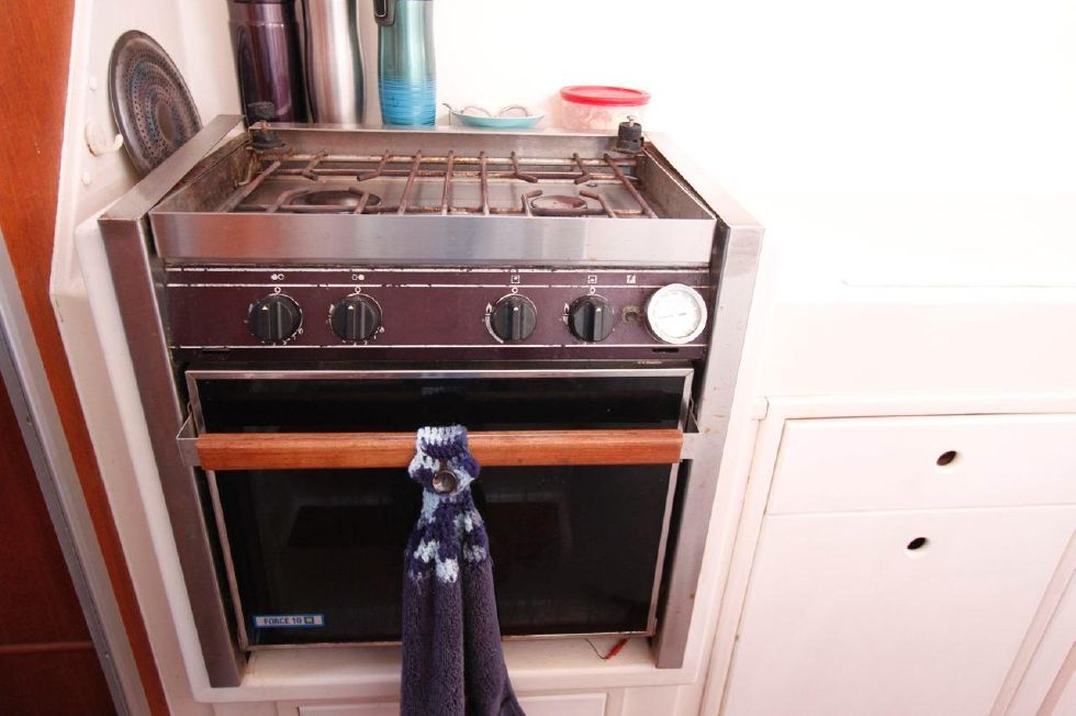 PDQ 36 Force Ten Propane Stove w/Oven