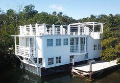 1987 Sundance Houseboat