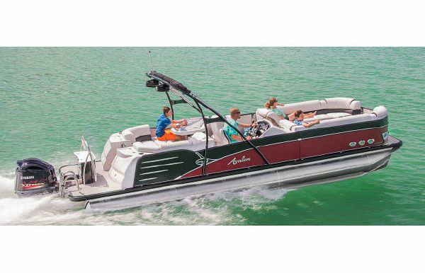 2018 Avalon Catalina Platinum Entertainer - 25'