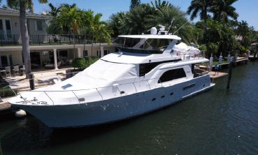 2001 Queenship Raised Pilothouse