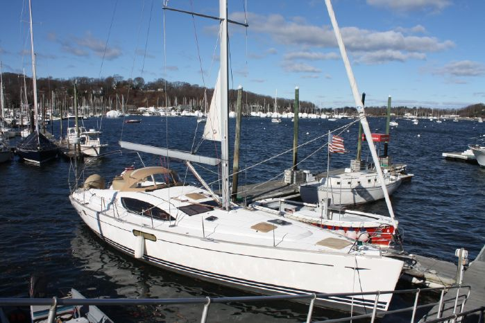 2010 Jeanneau BoatsalesListing New England