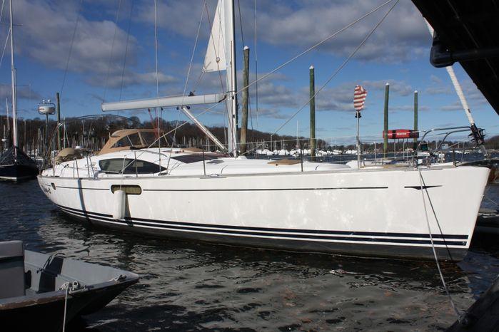 2010 Jeanneau BoatsalesListing Maine