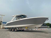 2021 Tiara Yachts 34 LS