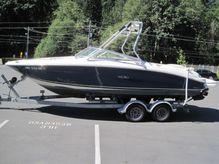 2001 Sea Ray 230BR
