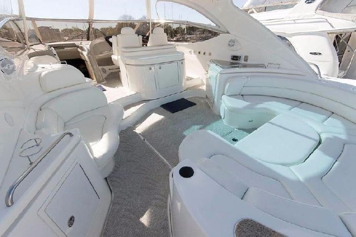 2004 Cruisers Yachts Broker New England