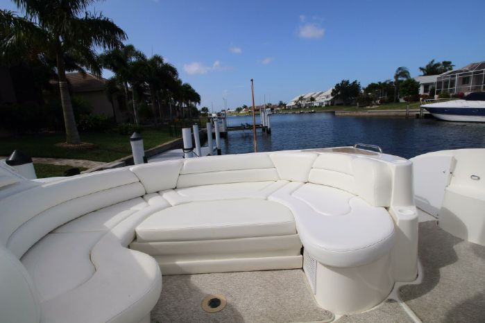 2004 Cruisers Yachts Sell Buy