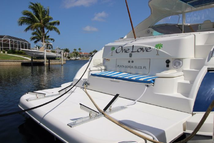 2004 Cruisers Yachts For Sale Purchase