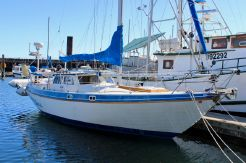 1988 Gulf Pilothouse 32