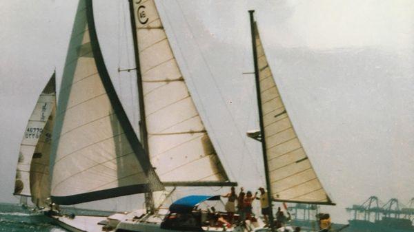 CAL 3-46 Full Sail