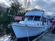 1989 Wahl Tri Cabin Trawler
