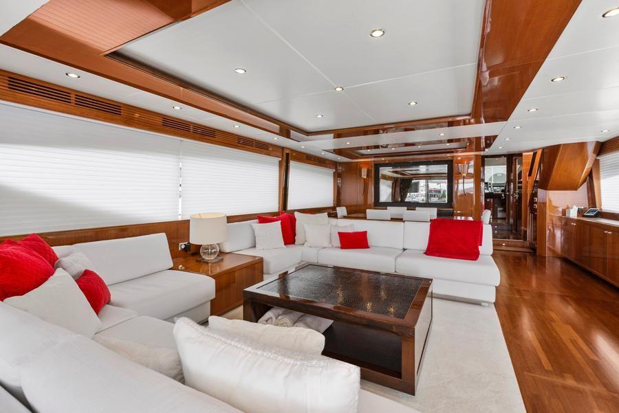 Princess 95 Motoryacht Interior Salon