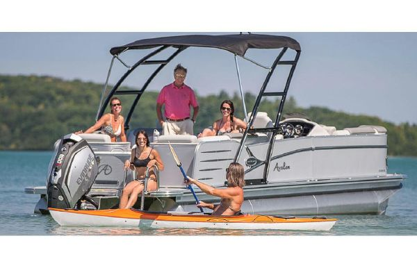 2018 Avalon Catalina Quad Lounge - 25'