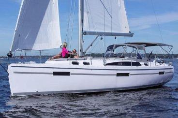 2020 Catalina 425   In-Stock