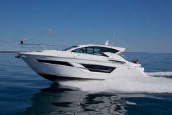 2022 Cruisers Yachts 46C