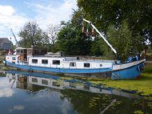 1900 Barge Live aboard
