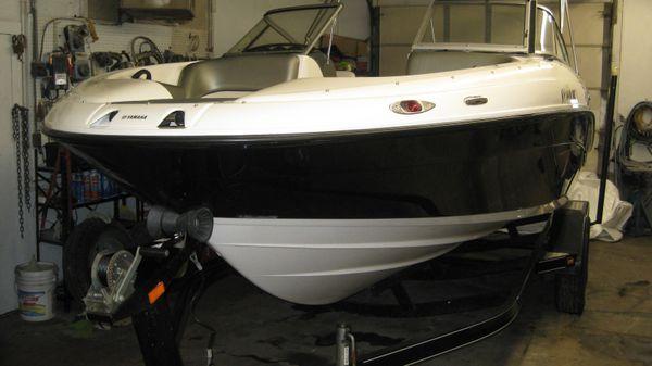 Yamaha Sport Boat SX210