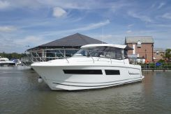 2011 Jeanneau Merry Fisher 855