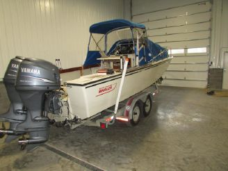 1985 Boston Whaler 250 Outrage