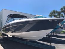2021 Cruisers Yachts 338OB