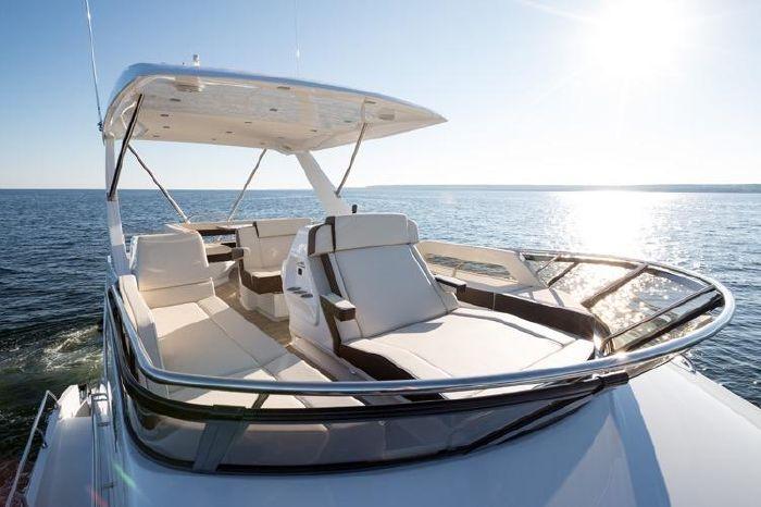 2019 Cruisers Brokerage Rhode Island