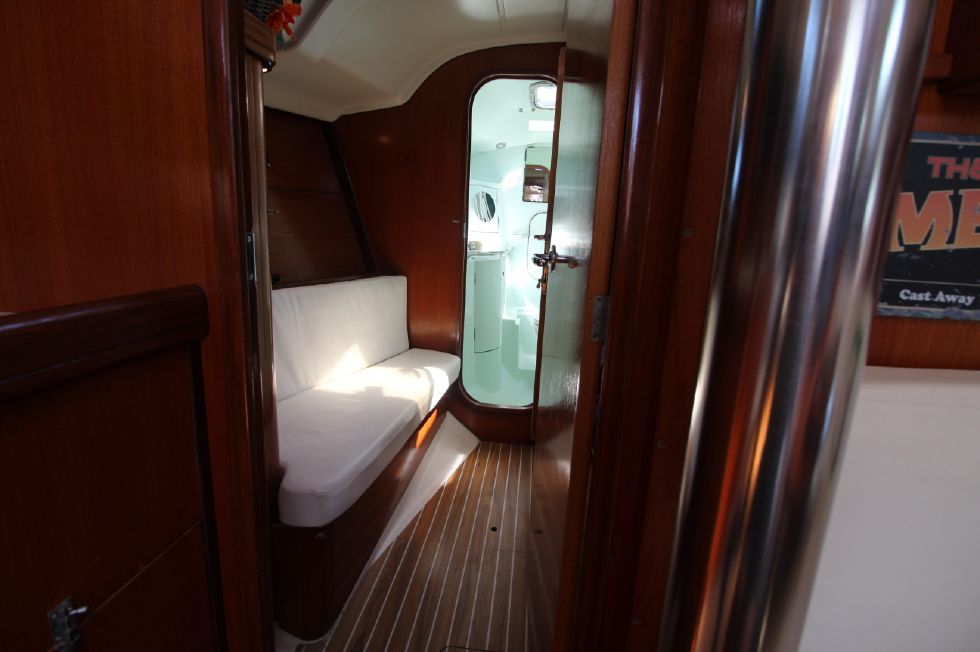Port Aft Cabin looking fore
