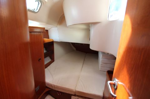 Starboard Guest Double Berth