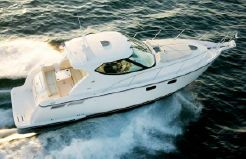 2006 Tiara Yachts 4000 Sovran with new IPS 600
