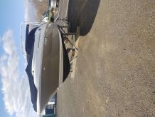2005 Sea Ray 25 sundeck