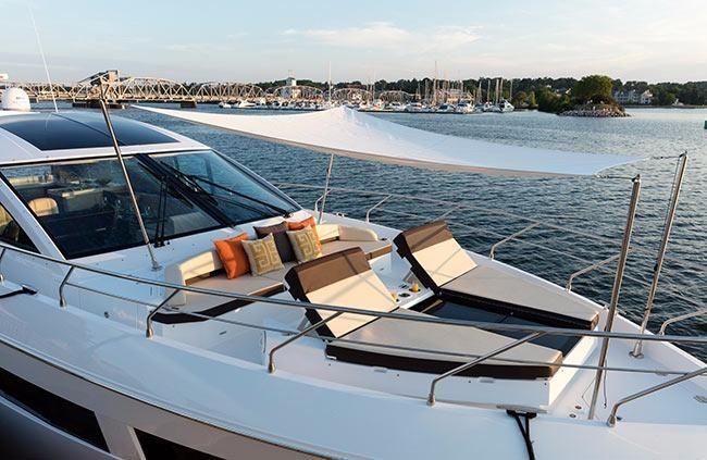 2019 Cruisers Yachts BoatsalesListing Massachusetts