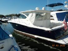 2001 Tiara Yachts 3800 Open Blue Hull