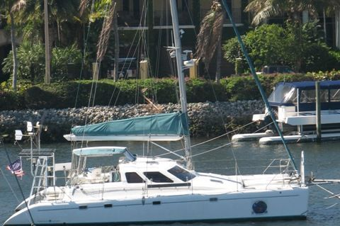 1998 Voyage Yachts 430 Owner's Version