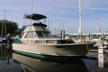 1969 Chris-Craft 38' Commander