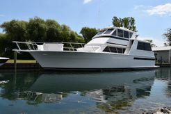 1996 Viking 54 Sports Yacht