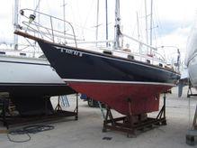 1982 Cape Dory 30