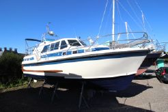 1987 Aquastar Oceanranger 33 Aft Cabin