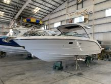 2020 Sea Ray SLX 310 Outboard