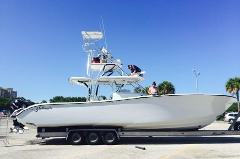 2015 Yellowfin 42' Center Console