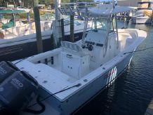 2008 Regulator 26FS Center Console